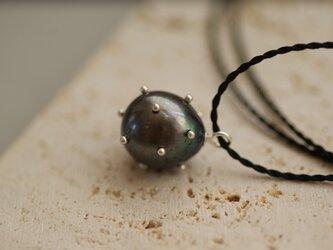 【drop】 黒淡水シルバードットコードネックレスの画像