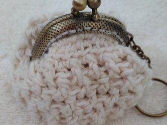 オーガニックコットン糸で編んだがま口ミニ小物入れ(小花は付いておりません☆)の画像