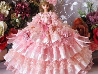 夢見るシンデレラ 妖精が舞うロマンティックボリューミードレス 甘さ薫る豪華11段フリルの画像