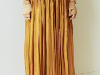 ダブルガーゼ素材のギャザースカート MAGNOLIA-RED CLAY(モクレン染め)の画像