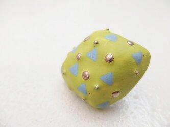 七宝ブローチ 春の骨 黄緑マット の画像