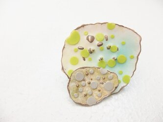 七宝ブローチ 春の落としもの 緑二段の画像