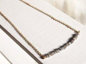 グレーダイヤモンドのネックレスの画像