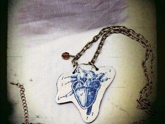 心臓ペンダントの画像