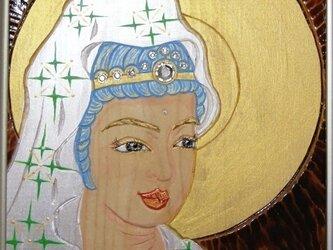 開運 癒彩 観世音     色の四十三    白絹に若草色衣観音の画像