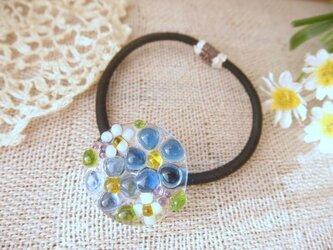 (受注制作)ガラスの小さな花束*ヘアゴムBlueの画像