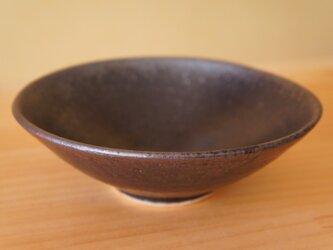 黒釉浅鉢の画像