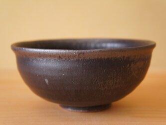 黒釉中鉢の画像