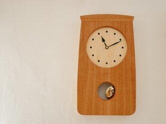 オークの振り子時計の画像