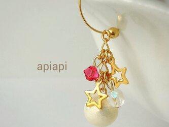 コットンパールと星屑のイヤリング【Pink】の画像