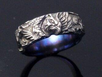 チタンの鳳凰の結婚指輪の画像