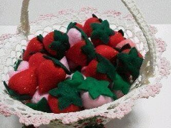 ☆大好きな赤いイチゴ☆の画像