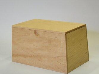 マスクを入れる箱 (メ-プル)の画像