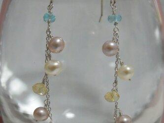 カイヤナイトと淡水パールのピアス*の画像