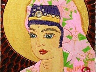 開運 癒彩 観世音    色の九十      葉桜衣観音の画像