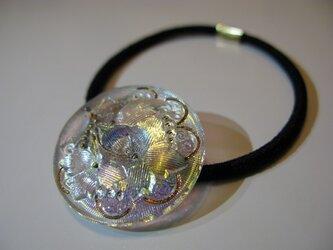 ヴィンテージガラスのヘアゴムの画像