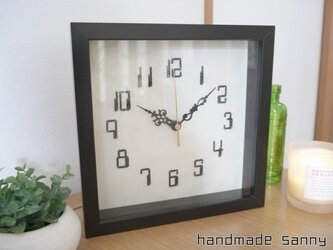 シンプル 刺しゅう 時計の画像
