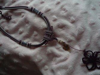 モダン・アジアン・ネックレスの画像
