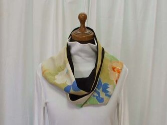 絹 古布錦紗縮緬と黒絽のストールの画像