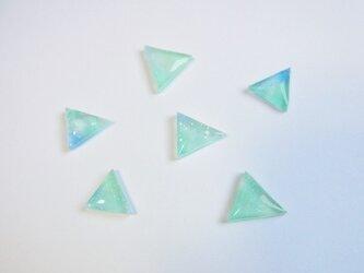 三角グラデーションピアスの画像