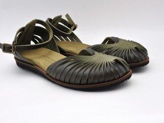Tokuyama Shoes『ballet sandals』olive-green leatherの画像