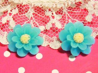 二輪草のピアスorイヤリング(Baby Blue)の画像