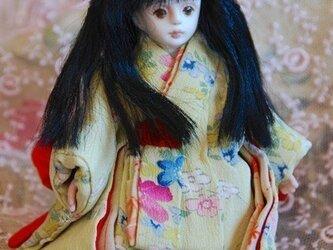 春色の着物ミニドールの画像