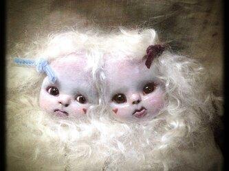 MA様専用//売約済み【頭部結合双生児ペンダントⅢ白髪】の画像