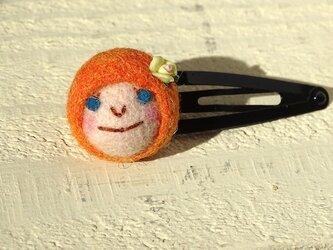 髪留め おんなのこ〈オレンジ〉の画像