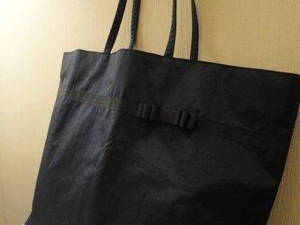 幼稚園ママにピッタリ!大容量紺色トートバッグの画像