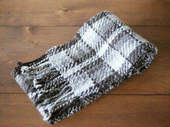 手紡ぎのマフラー(茶系の綾織)の画像