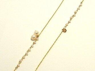 スズランのネックレス(アシンメトリー)の画像