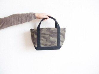 迷彩×黒 smallサイズ 迷彩帆布トートの画像