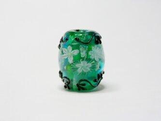 緑のツタ模様(花玉)の画像