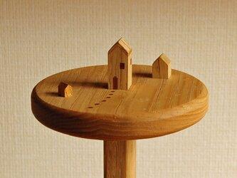小さな家のキッチンペーパーホルダーの画像