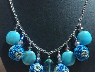 ロザフィ ジュリア ビジューネックレス風 ブルーの画像