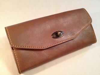 ひねり金具の長財布の画像