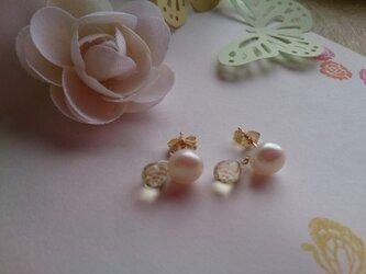淡水真珠とレモンクォーツのしずくピアス【14kgf】の画像
