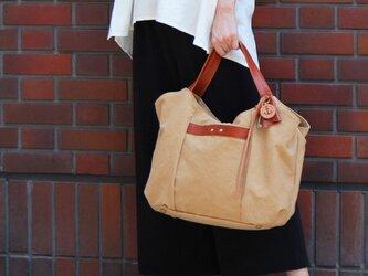tanton-タン(タンニン染め帆布×レザーバッグ)の画像