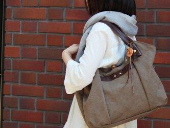 tanton-オリーブ(タンニン染め帆布×レザーバッグ)の画像