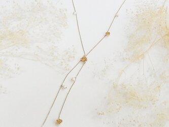 ローズラリエットネックレス(gold)の画像