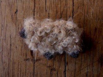 羊ブローチ茶巻毛*受注製作*の画像