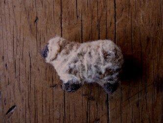 羊ブローチ茶白毛*注文製作*の画像