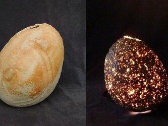灯り[耀光の宙]「緋炎焼き締め扁壷 緋色卵」の画像