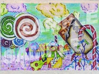 木のポストカード『お菓子の国』の画像