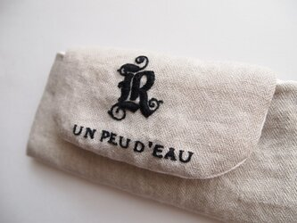trapezoid pouch - embroideryの画像
