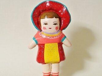 文化人形らしきひと(赤ボンネット)の画像