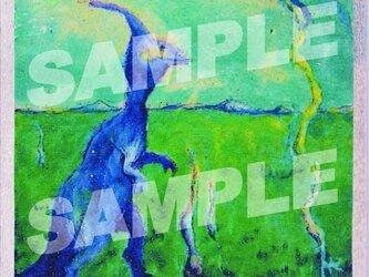 木のポストカード『きょうりゅうおさんぽ』の画像