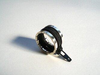zip ring - blackの画像