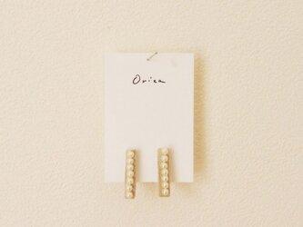 pearl earringの画像